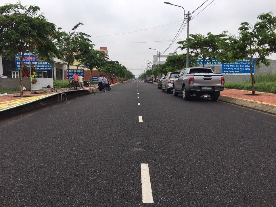 Bán gấp lô đất 100m2 thổ cư xd tự do shr, 985tr, Nguyễn Văn Tạo Nhà Bè